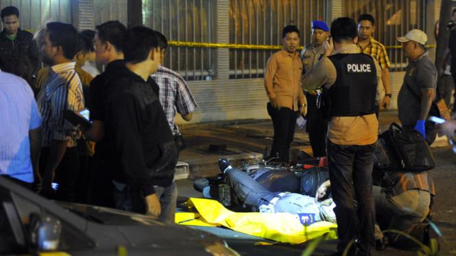 Polisi DItembak di Depan Gedung KPK