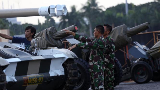 Persiapan Pameran Alutsista TNI AD