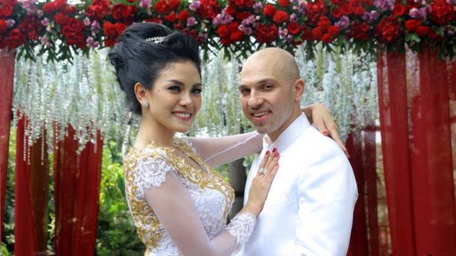 Pernikahan Nikita Mirzani dan Sajad Ukra