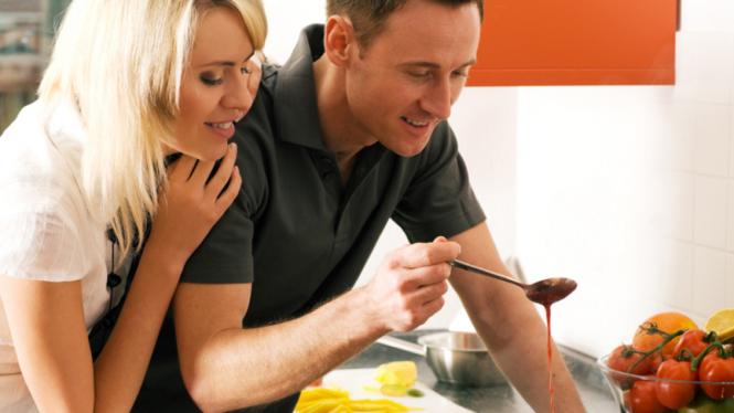 Ilustrasi pasangan masak
