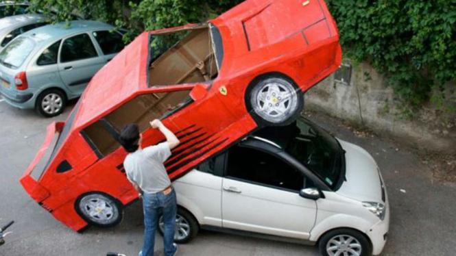 Replika Ferrari Testarosa