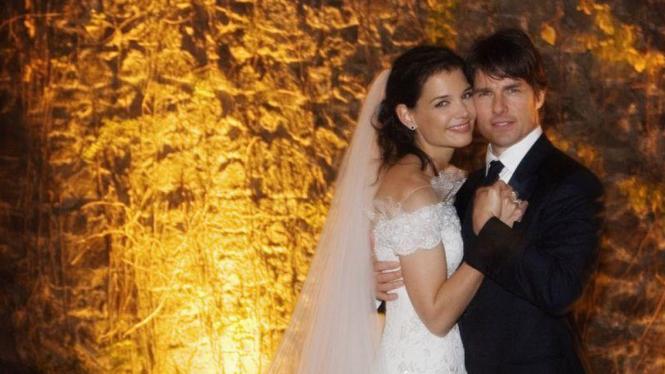 Tom Cruise dan Katie Holmes saat menikah di Roma