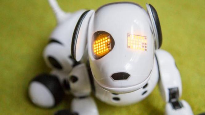 Zoomer si robot anjing