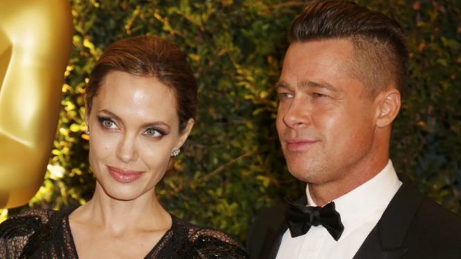 Pasangan Angelina Jolie dan Brad Pitt cerai
