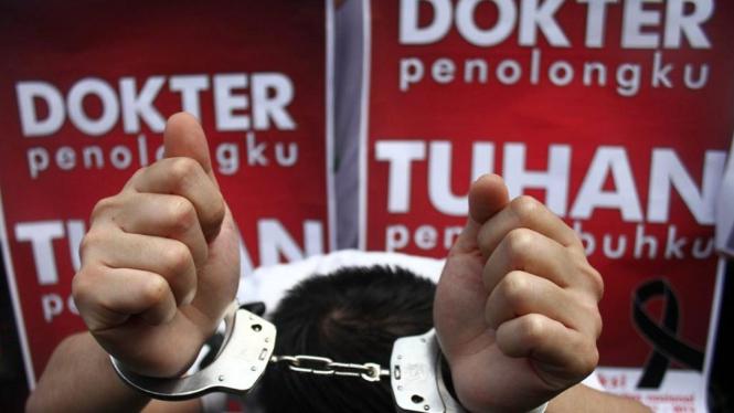 Aksi solidaritas para dokter di Malang Jawa Timur