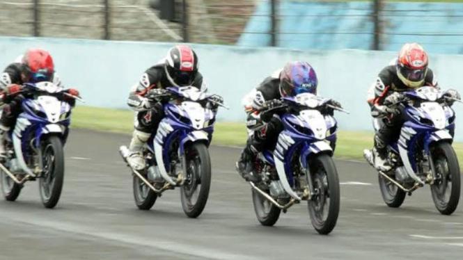 Para peserta Yamaha Asean Cup Race (YACR).