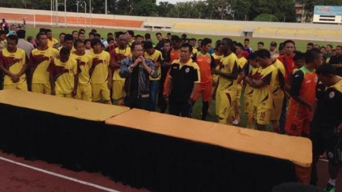 Suasana penandatanganan kontrak pemain Sriwijaya FC