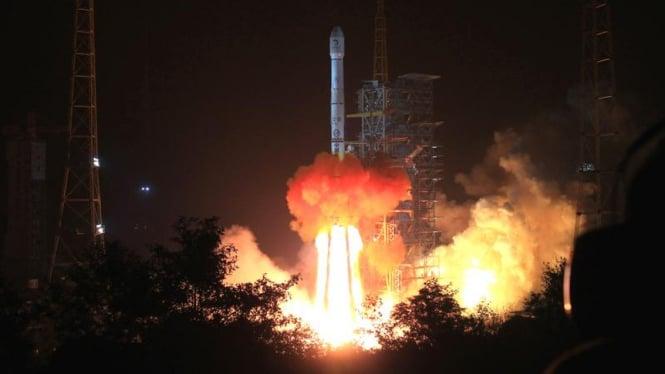 Peluncuran roket Chang'e 3 milik China [foto ilustrasi]