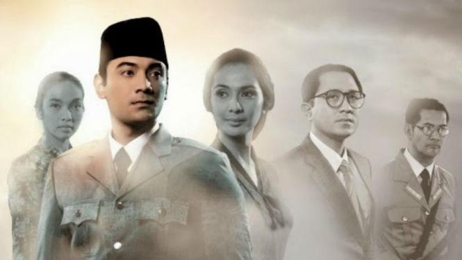 Film Soekarno, Disutradarai Hanung Bramantyo dan Diperankan oleh Ario Bayu