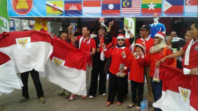 Suporter Timnas Indonesia U-23 di Yangon, Myanmar