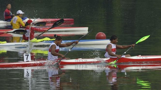 Pedayung Indonesia beraksi di SEA Games 2013, Myanmar