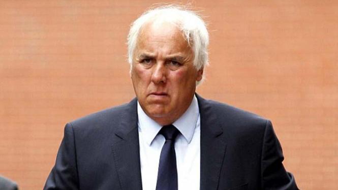 Neville Neville, ayah Gary dan Phil Neville, jadi terdakwa kekerasan seksual