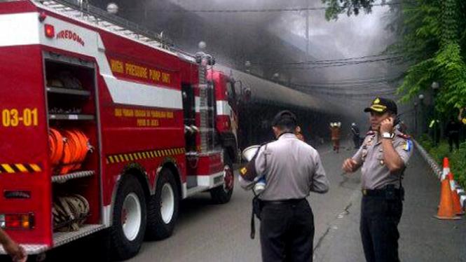Kebakaran di Stasiun Gambir