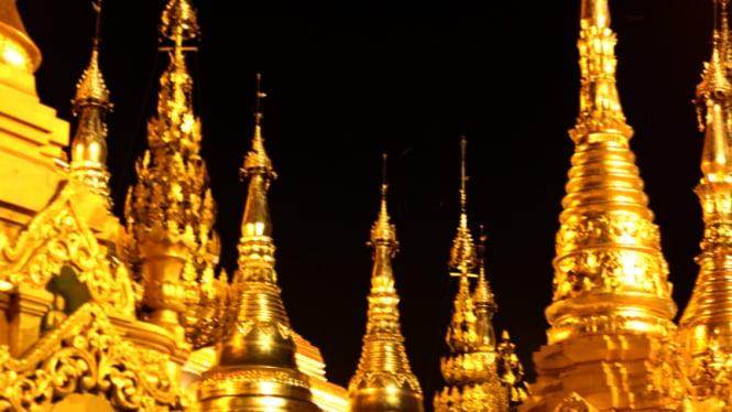 Shwedagon Pagoda, Myanmar.