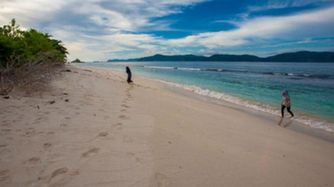 Pulo Bunta, Nirwana Tersembunyi di Ujung Barat Nusantara.