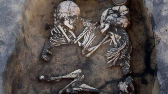 Tengkorak di kuburan Siberia