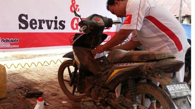Servis gratis pedul banjir Astra Honda Motor