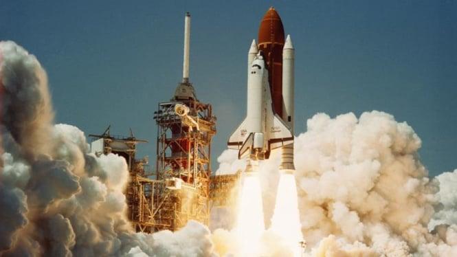 Pesawat ulang alik Challenger yang meledak di tahun 1986