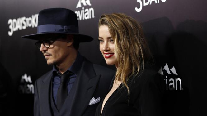 Johnny Depp dan Amber Heard.