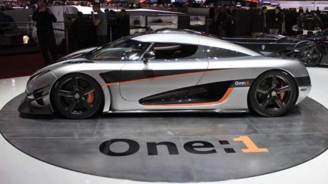 Koenigsegg One 1 >> Tercepat Sejagat Berapa Harga Koenigsegg One 1 Viva