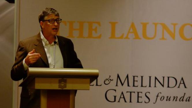 Bill Gates saat berkunjung ke Indonesia.