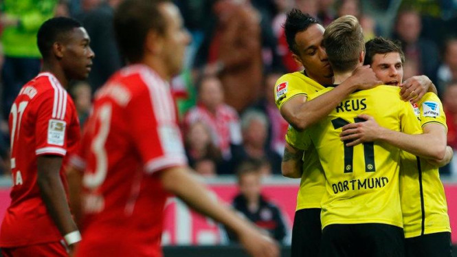 Pemain Borussia Dortmund rayakan gol ke gawang Bayern