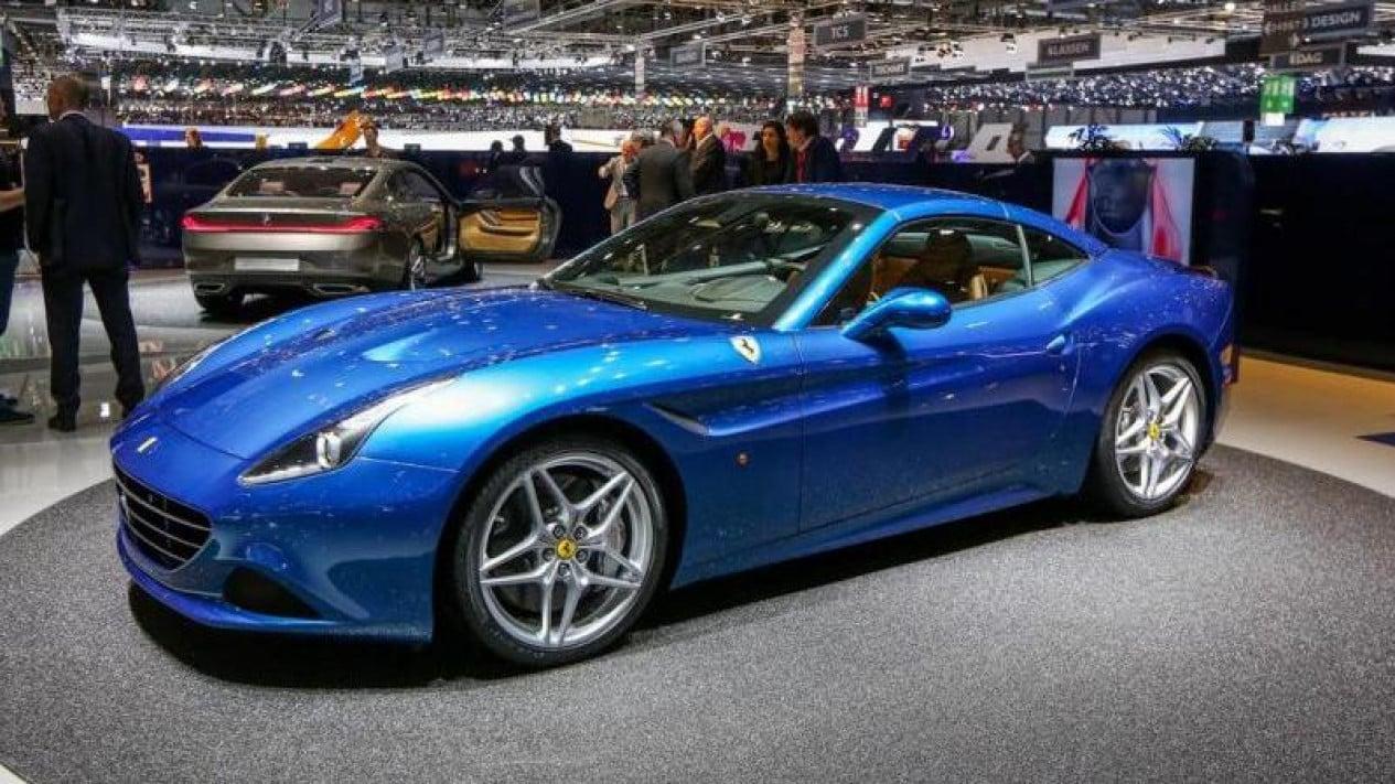 Ferrari California T saat ajang Geneva Motor Show 2013.
