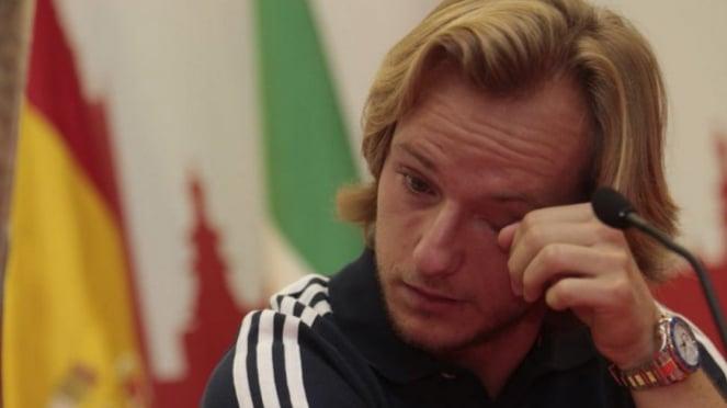 Ivan Rakitic menangis