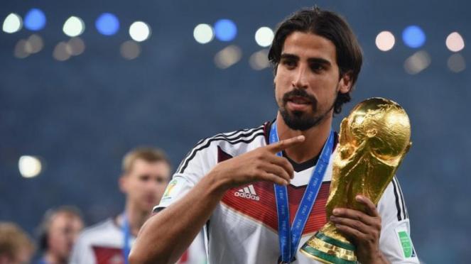 Pemain Jerman, Sami Khedira, saat juara Piala Dunai 2014