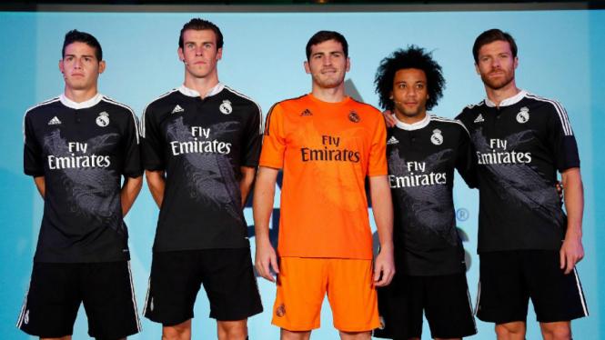Kostum Ketiga Real Madrid di Liga Champions