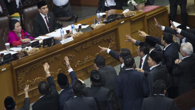 Sidang Paripurna Pemilihan Pimpinan DPR