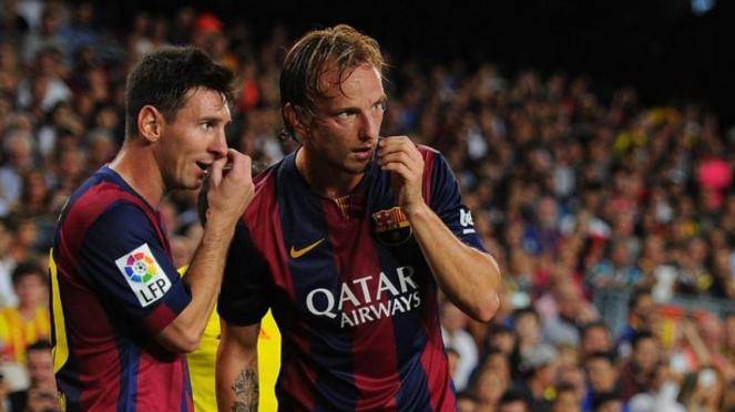 Pemain Barcelona, Lionel Messi dan Ivan Rakitic