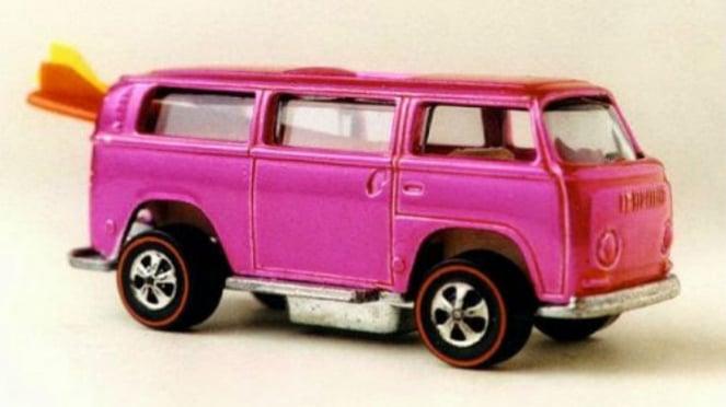 Mobil-mobilan Hot Wheels.