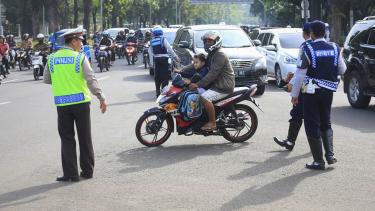 Larangan Sepeda Motor Melintas di Jalan MH. Thamrin
