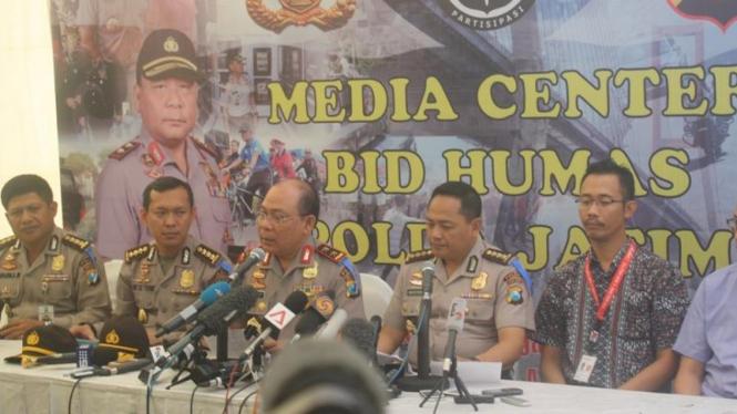 Preskon Korban Pesawat AirAsia di RS Bayangkara