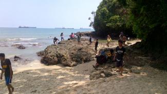 Keindahan Pantai Pasir Putih Nusakambangan, Cilacap, Jawa Tengah