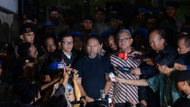 Bambang Widjojanto Dibebaskan oleh Bareskrim Mabes Polri