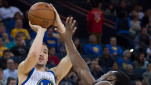 https://thumb.viva.co.id/media/frontend/thumbs3/2015/01/24/291481_pemain-golden-state-warriors--klay-thompson_151_85.jpg