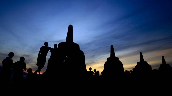 Ilustrasi-Candi Borobudur