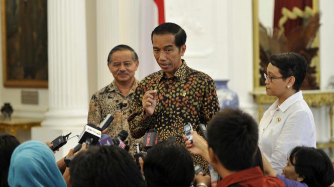 Presiden Bertemu Menlu dan Dubes Indonesia Untuk Brazil di Istana Negara