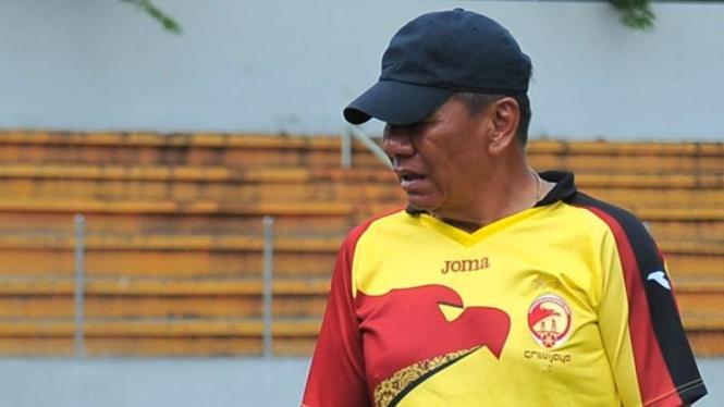 Pelatih Sriwijaya FC, Benny Dolo.
