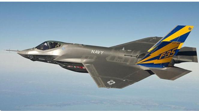 Jet tempur F-35 varian Angkatan Laut.