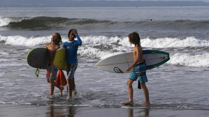 Menikmati Keindahan Pantai Kuta Bali