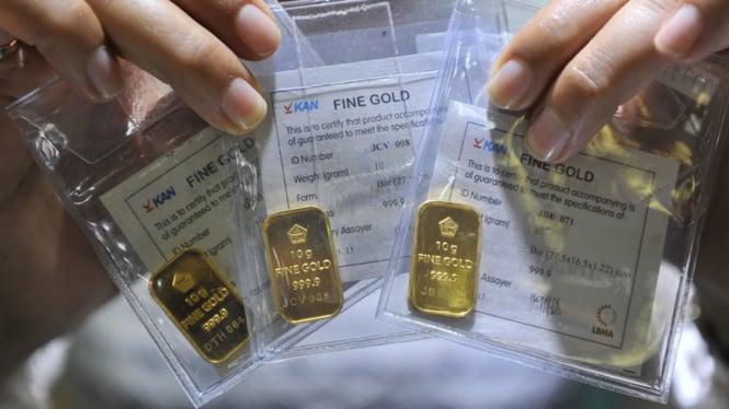Jangan Jual Emas Dulu Pembelian Kembali Antam Lagi Turun Viva