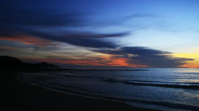 Senja di Pantai Bodur, Tanjung Lesung, Banten