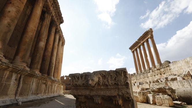 Kuil Bakhous dan Jupiter di kota Romawi Baalbek
