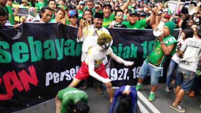 Aksi Teatrikal suporter Persebaya kritik BOPI