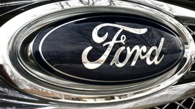 Logo Ford.