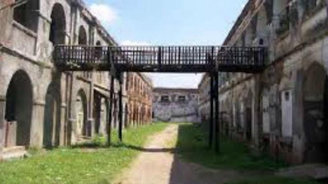 Wisata ke Barak Milter KNIL di Benteng Willem I Ambarawa