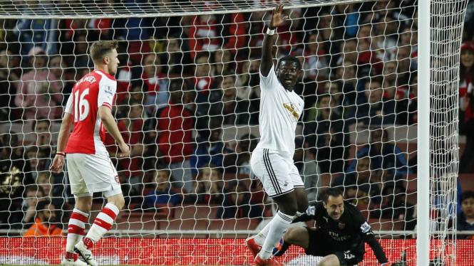 Arsenal Takluk dari Swansea